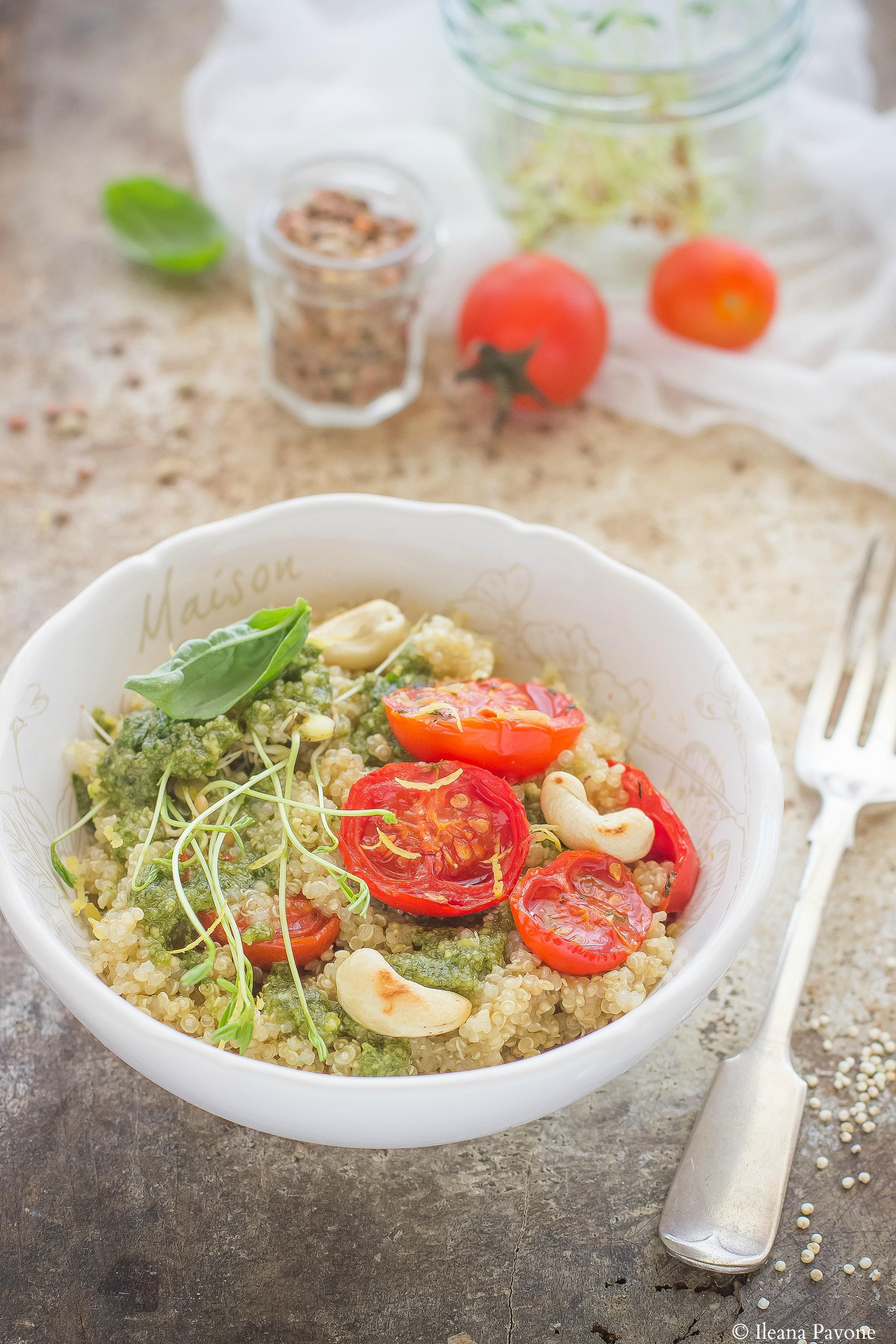 Insalata di quinoa con pomodorini al forno e germogli di lenticchie per Taste & More
